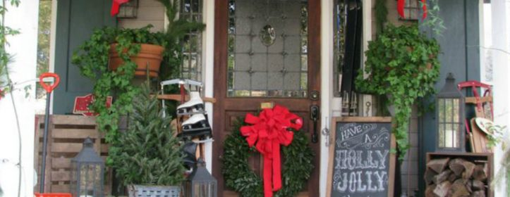 Deck Your Front Porch With Christmas Decor
