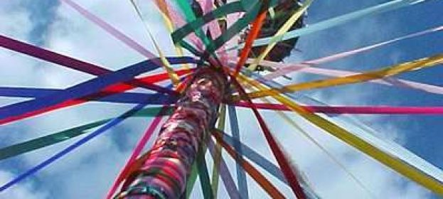 A Maypole For Your Garden