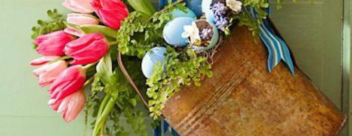 Gorgeous Spring Wreaths to Dress Up Your Front Entrance