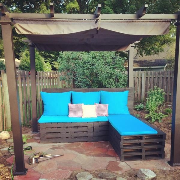 Patio Furniture Made Out Of Pallets Instructions: DIY Pallet Patio Furniture