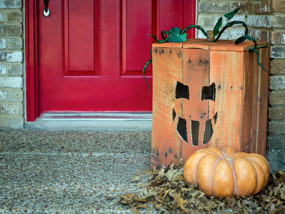 Jack-O-Lantern pallet Halloween decorations
