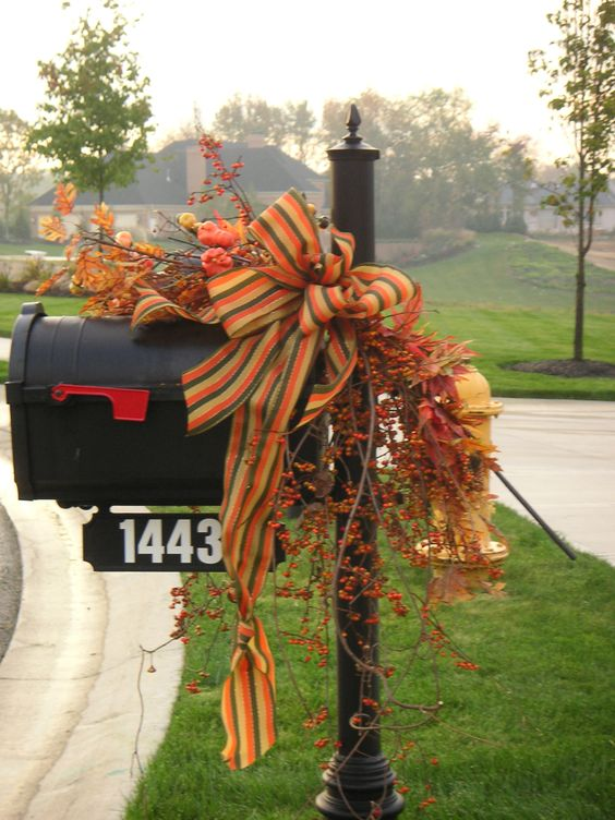 fall mailbox decorations