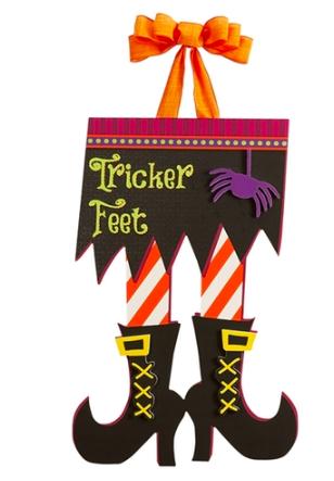 Tricker Feet Door Decor