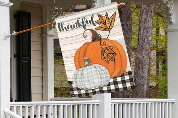 Plaid Pumpkins Decorative House Flag