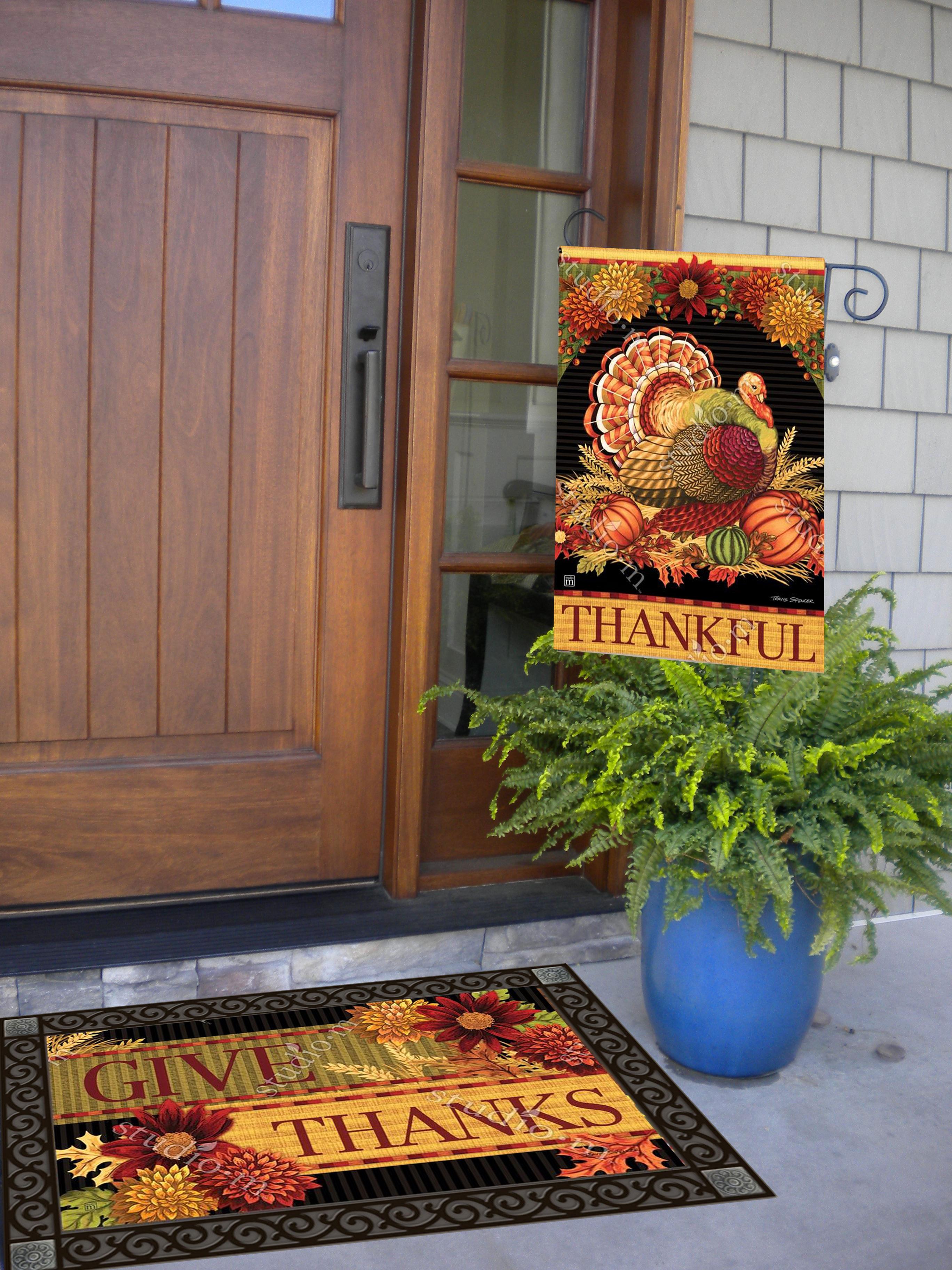 Thanksgiving holiday garden flag